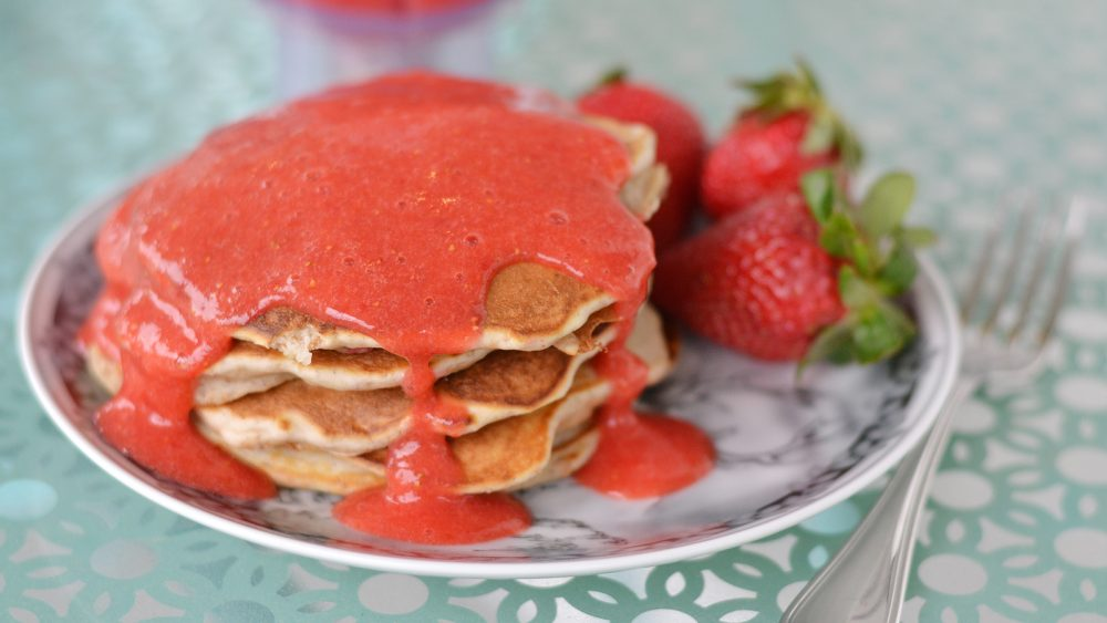 How to Make Whole Wheat Pancakes with Strawberry Sauce – Tip Tuesday ...