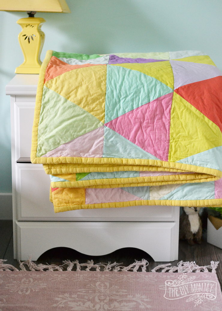 Modern Geometric Triangle Quilt Tutorial