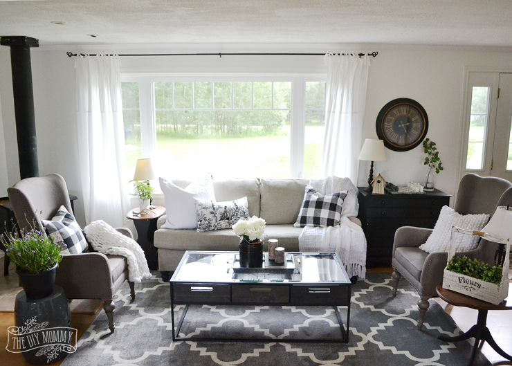 A black and white rustic cottage farmhouse living room