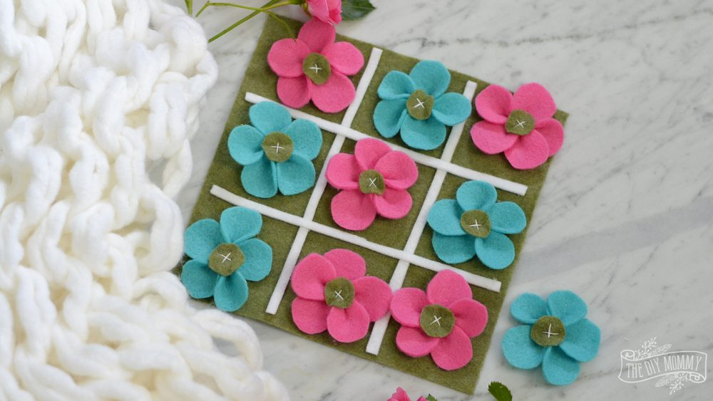 DIY Felt Flower Tic-Tac-Toe Game Busy Bag