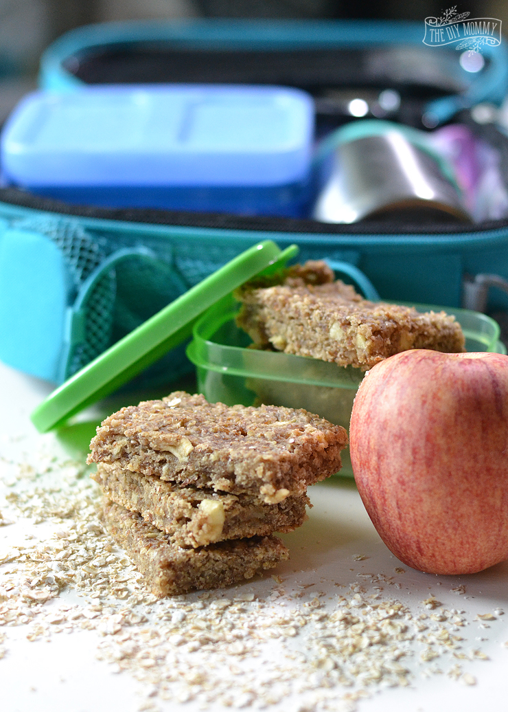 Healthy Apple Cinnamon Oat Bars