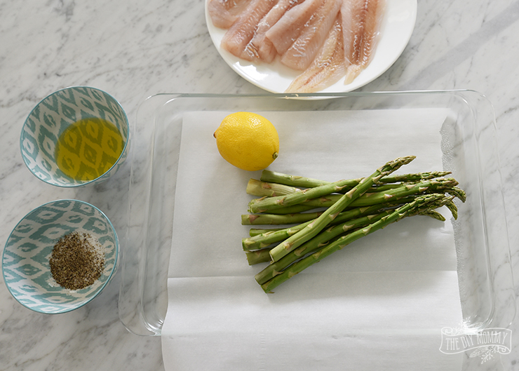 Steamed Lemon Pepper Fish and Asparagus Packet