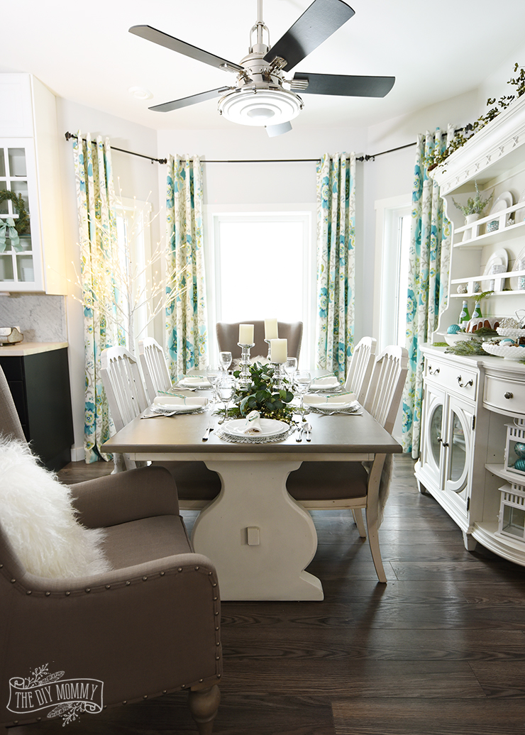 Our Aqua Amp Green Christmas Table And Hutch The Diy Mommy
