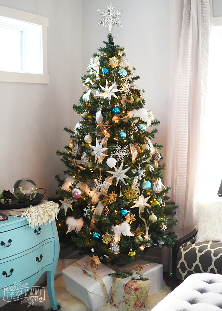 Rustic Glam Kid Friendly Christmas Tree Idea
