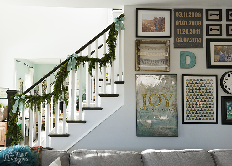 Natural, green, teal, silver, gold and white Christmas decoration ideas