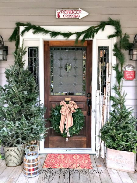Front Porch Christmas Decorations.Christmas Front Porch Ideas The Creative Corner 126 Diy
