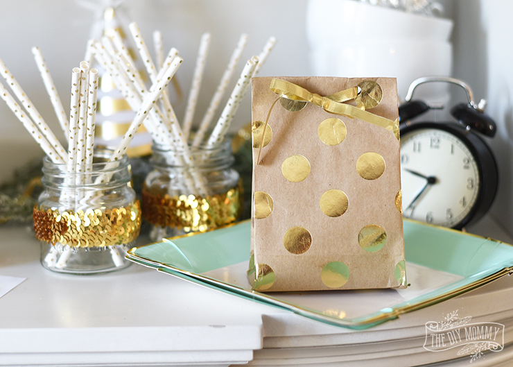 DIY Wrapping Paper Gift Bag