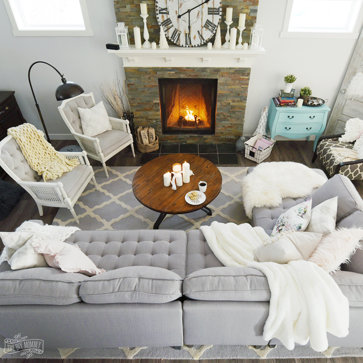 Inspiring Sitting Room Decor Ideas For Inviting And Cozy: How To Create A Cozy, Hygge Living Room This Winter