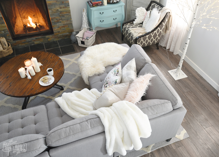 Cozy Hygge Living Room Decor Ideas for Winter