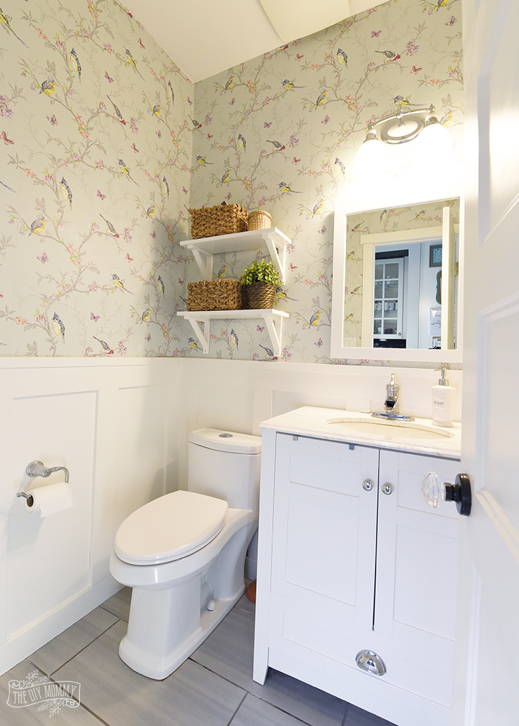 Cute Small Bathroom Powder Room Organization Ideas