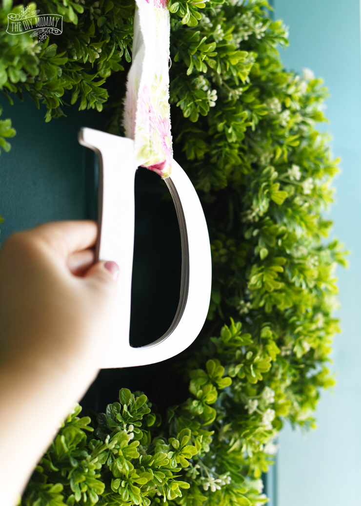 Simple DIY Spring Monogram Wreath