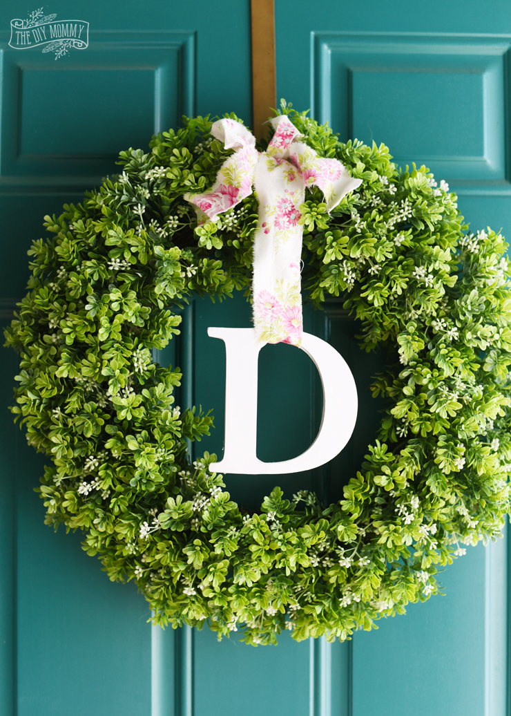 Make A Simple Spring Monogram Wreath With The Cricut