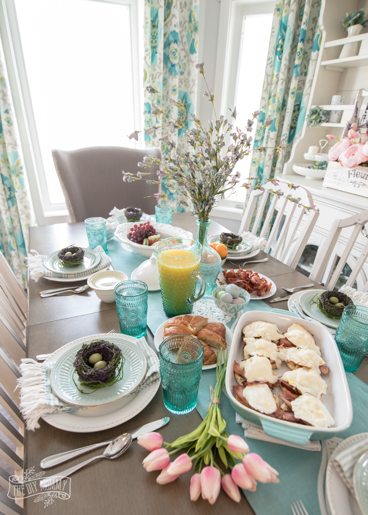 Easy Easter Brunch or Breakfast Ideas - so simple and pretty!