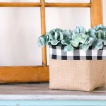 Burlap Basket Tutorial + The Creative Corner #152: DIY, Craft & Home Decor Link Party