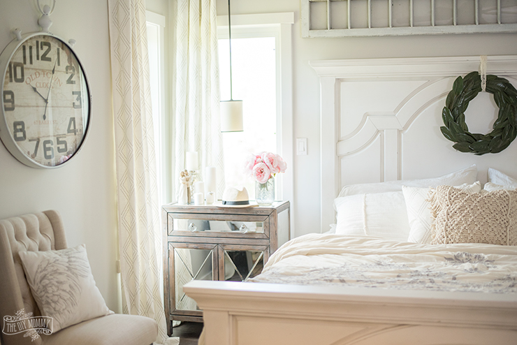 Summer rustic french country bedroom decor