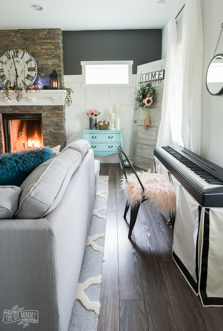 fall 2017 home tour cheerful boho farmhouse style the diy mommy. Black Bedroom Furniture Sets. Home Design Ideas