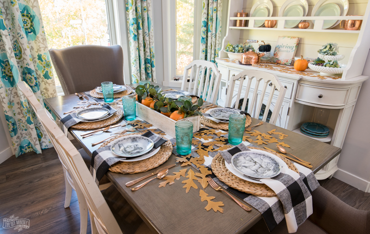 Natural & Cozy Fall Thanksgiving Table Setting IdeaNatural & Cozy Fall Thanksgiving Table Setting Idea