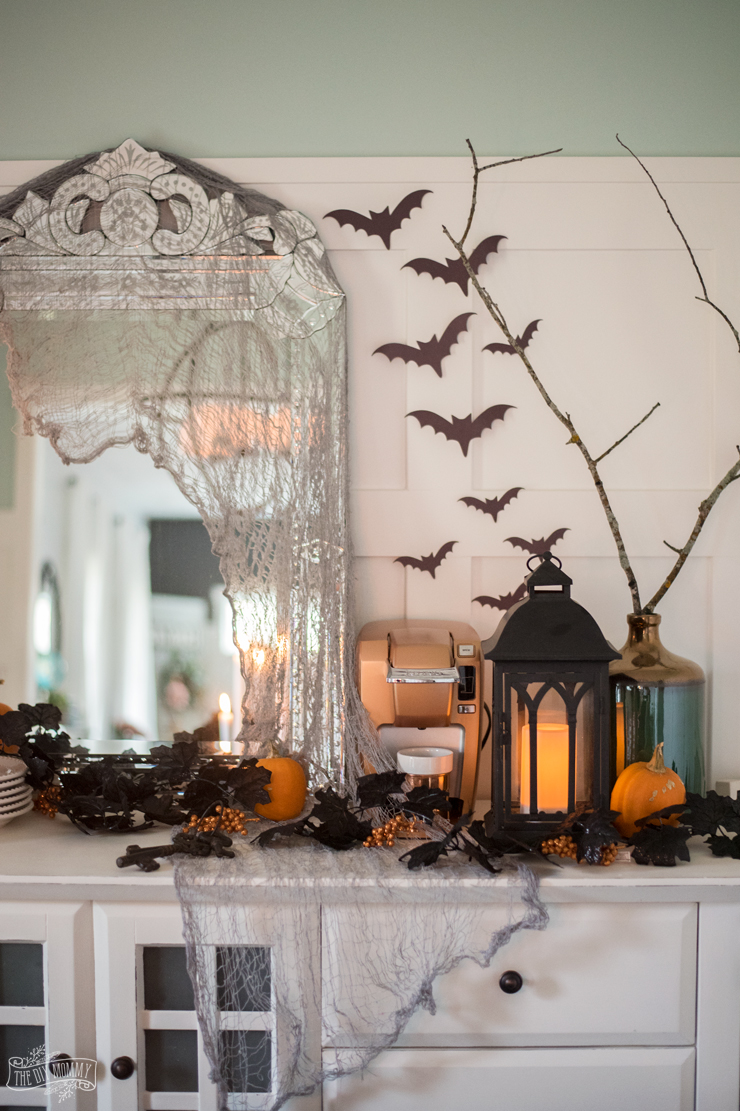 Spooky Glam Halloween Decor Ideas On A Budget The Diy Mommy