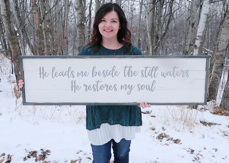 How to make a DIY rustic farmhouse wooden shiplap sign