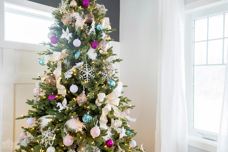 Christmas Tree Decorating Ideas.Unicorn Inspired Christmas Tree The Diy Mommy