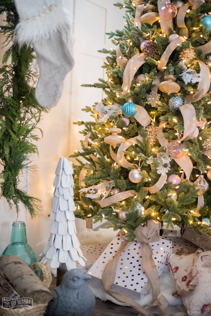 How To Decorate A Rustic Glam Farmhouse Christmas Tree The Diy Mommy