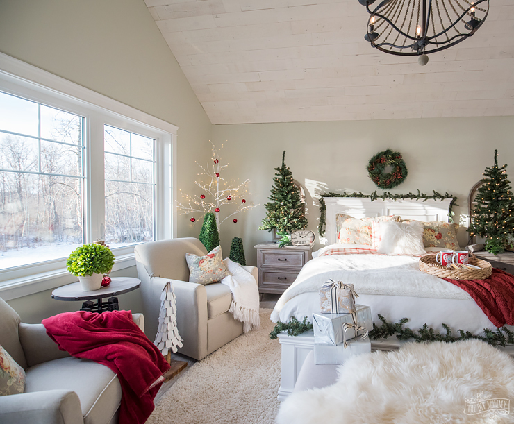 traditional christmas bedroom decor ideas mom s lake house 17554 | traditional christmas bedroom decor 7