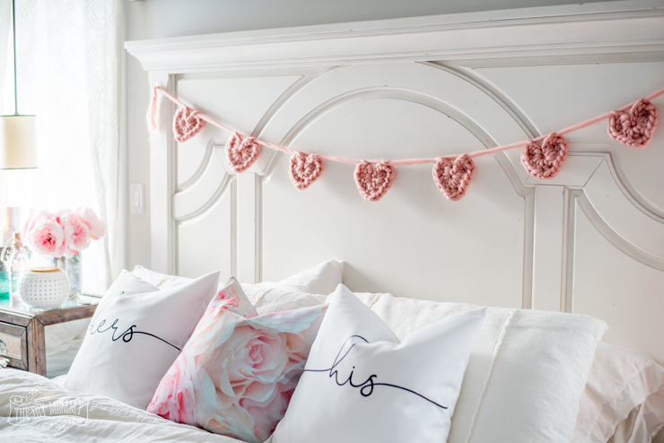 How to make a chunky crochet heart banner - free pattern and tutorial