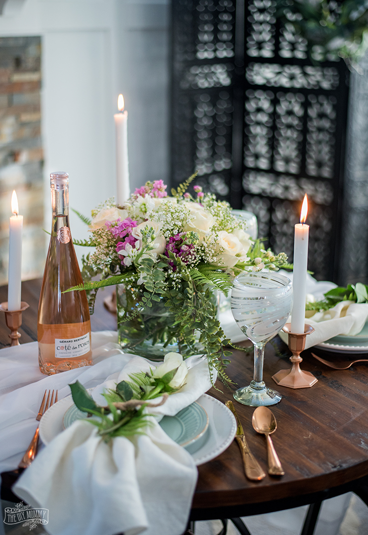 How to Create a Romantic Table for 2 on a Budget