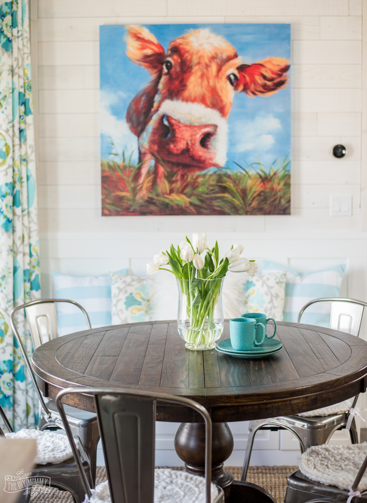 Colorful Farmhouse Breakfast Nook