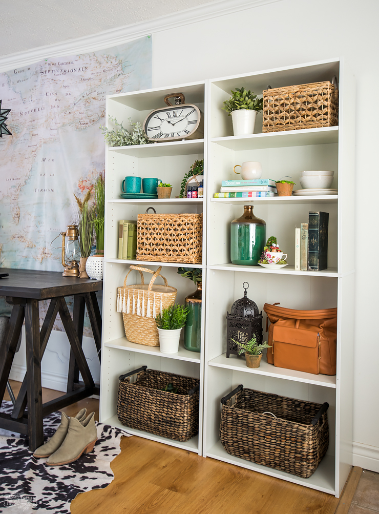 How to Style a Bookshelf - 5 Easy Tips