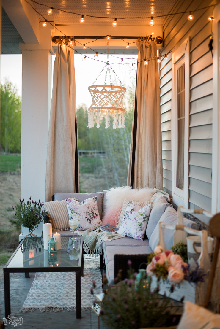 Hygge Spring & Summer Cozy Outdoor Porch Decor