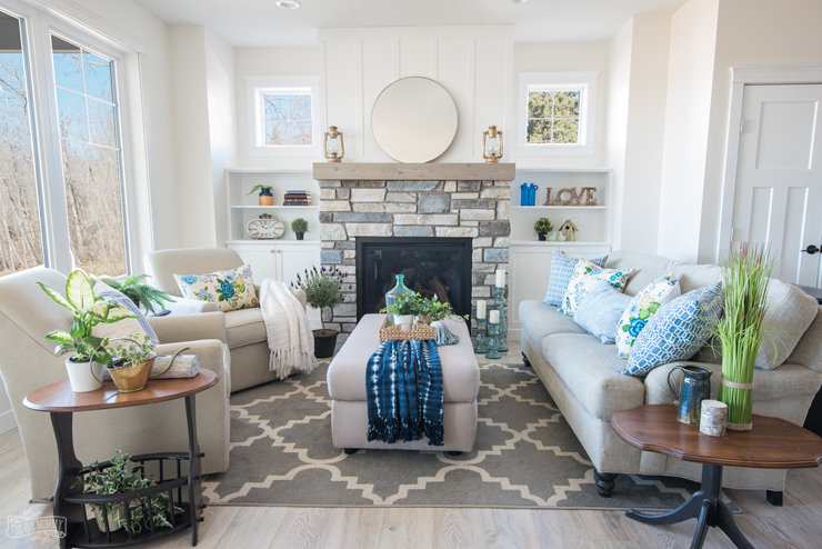 Traditional Coastal Cottage Living Room Reveal