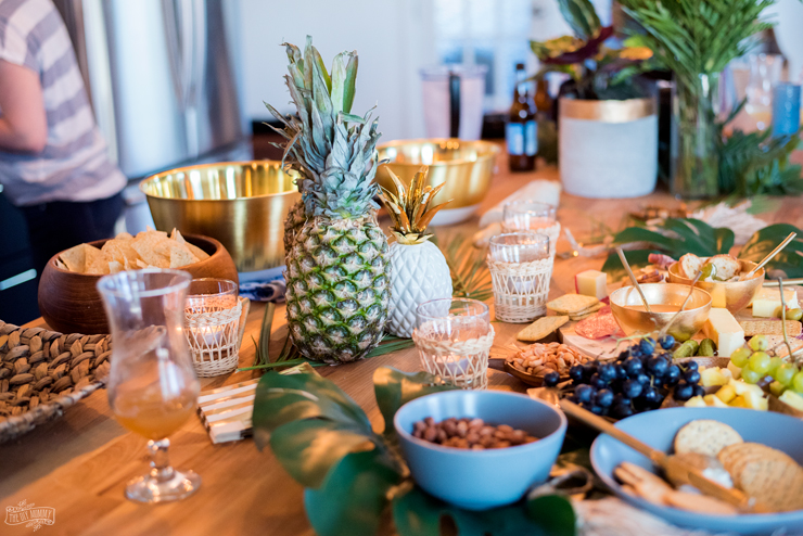 "Easy summer cocktail party ideas - ""chic tiki"" food & decor"