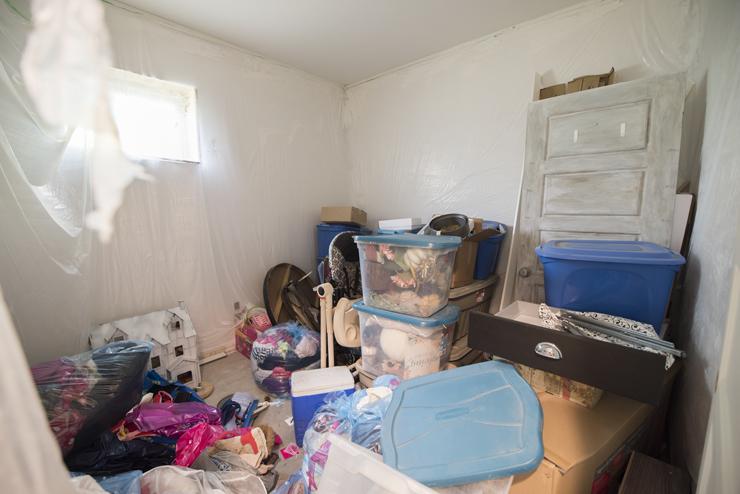 Feminine Modern Farmhouse Guest Bedroom BEFORE