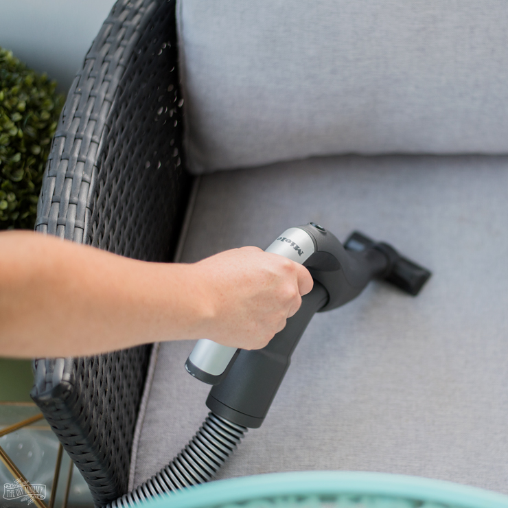 How to keep patio furniture looking clean and new
