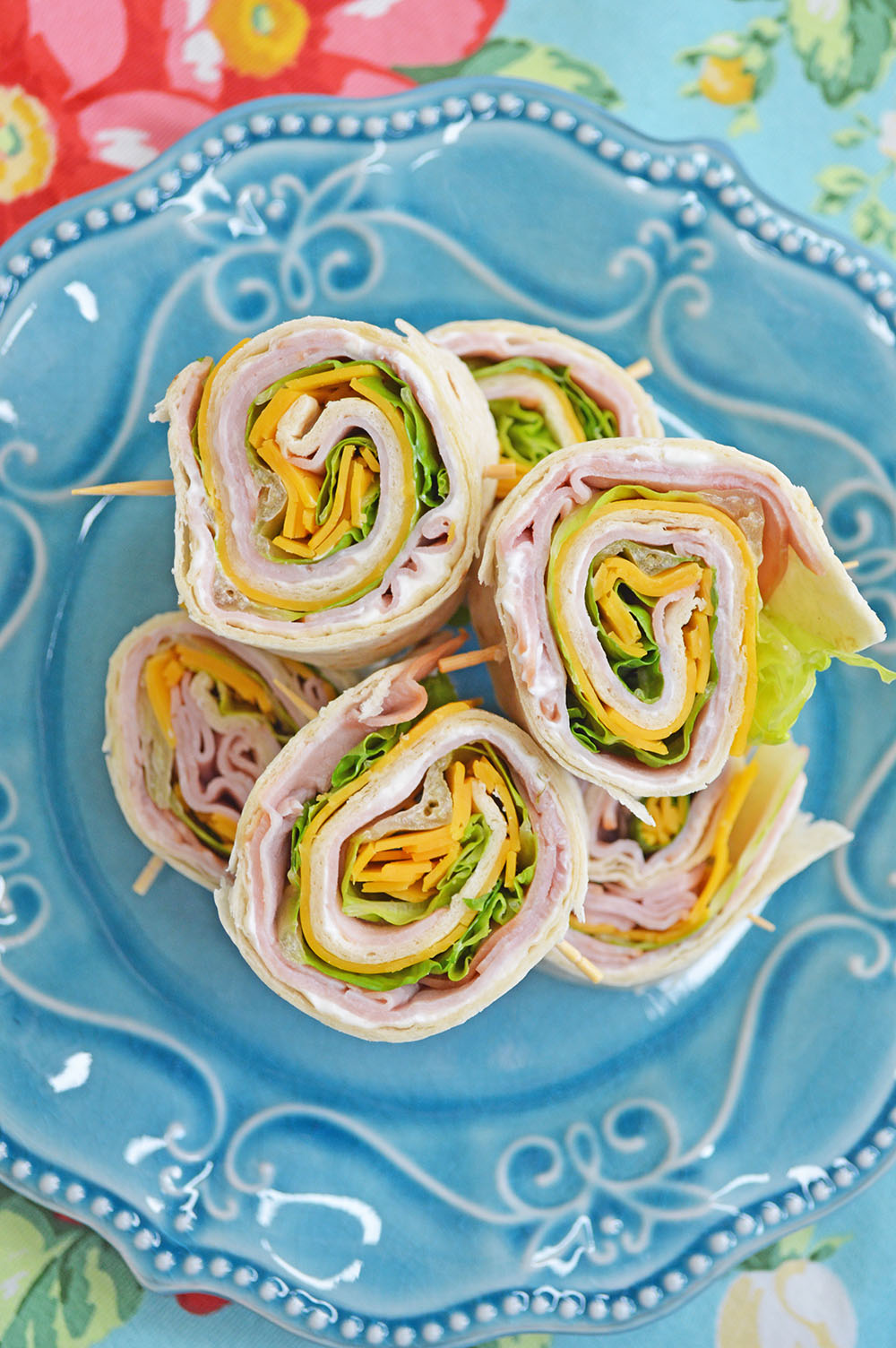 Ham & Cheese Pinwheels - perfect for school lunches!