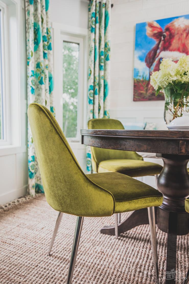 Strange How To Mix Decor Styles A Velvety Breakfast Nook Update Ibusinesslaw Wood Chair Design Ideas Ibusinesslaworg