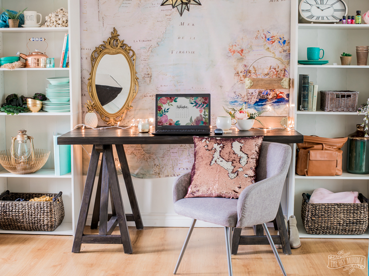 How to style your home office desk three ways - glam, minimal or cozy!
