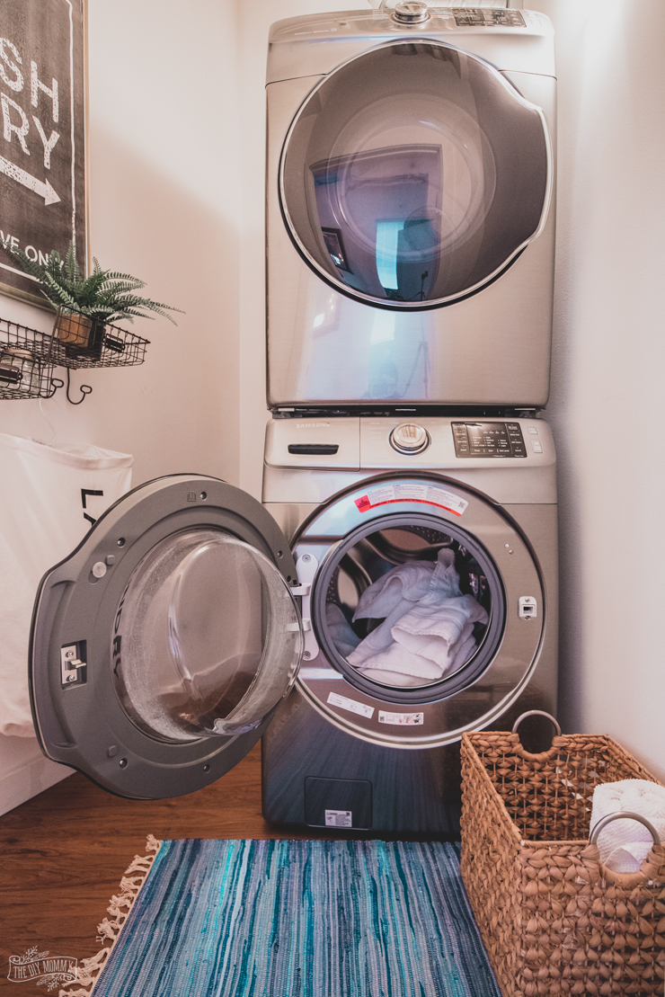 Modern Industrial Small Laundry Room Makeover The Diy Mommy