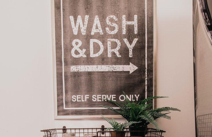 Vintage Industrial Laundry Room Sign | Gigantic, Free Printable!