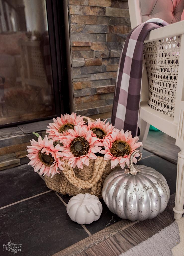 Easy, Romantic Fall Mantel Decor Ideas
