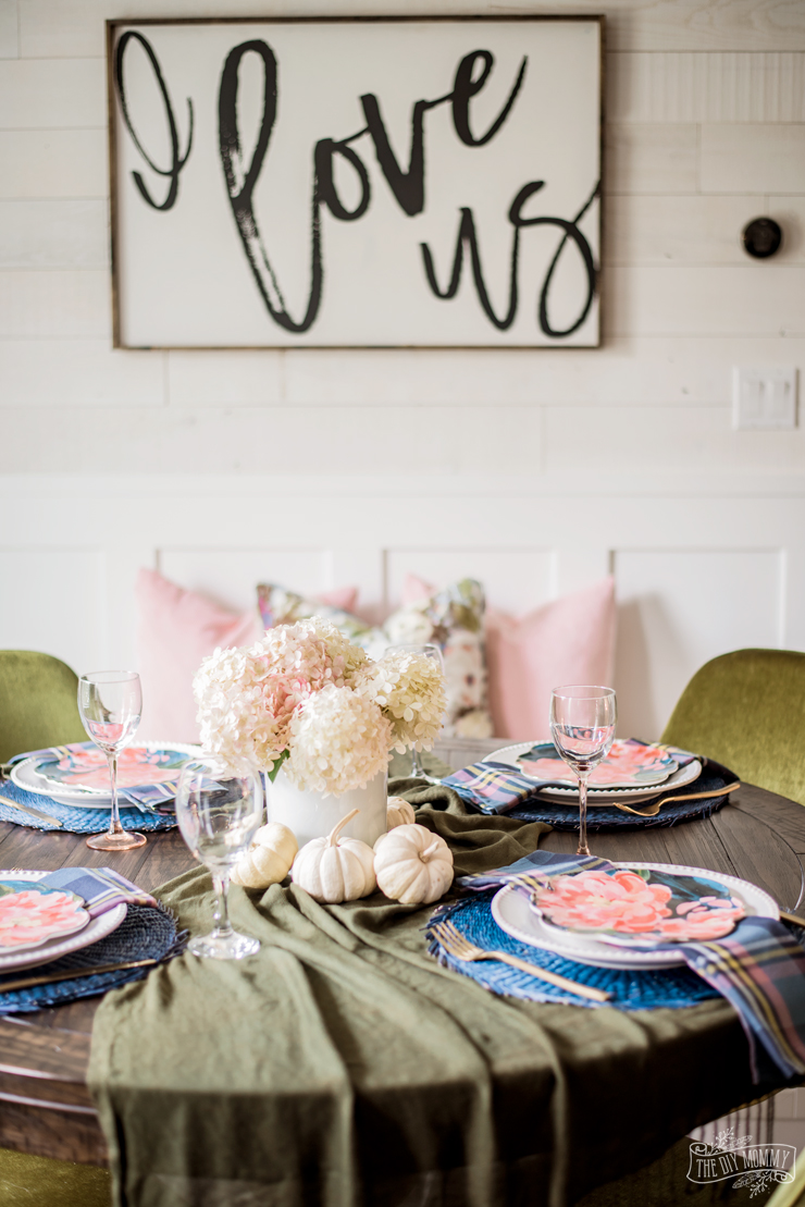 An elegant and colorful round tablescape for Fall