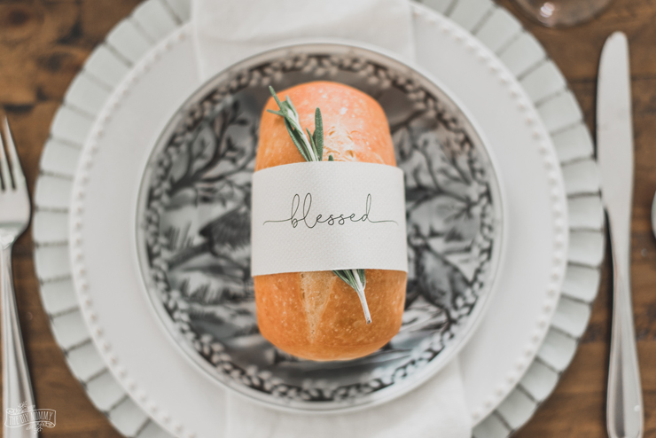 Free Printable Bread Wrappers for Your Thanksgiving Table