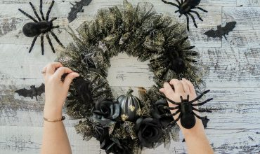 Spooky Glam Halloween Wreath