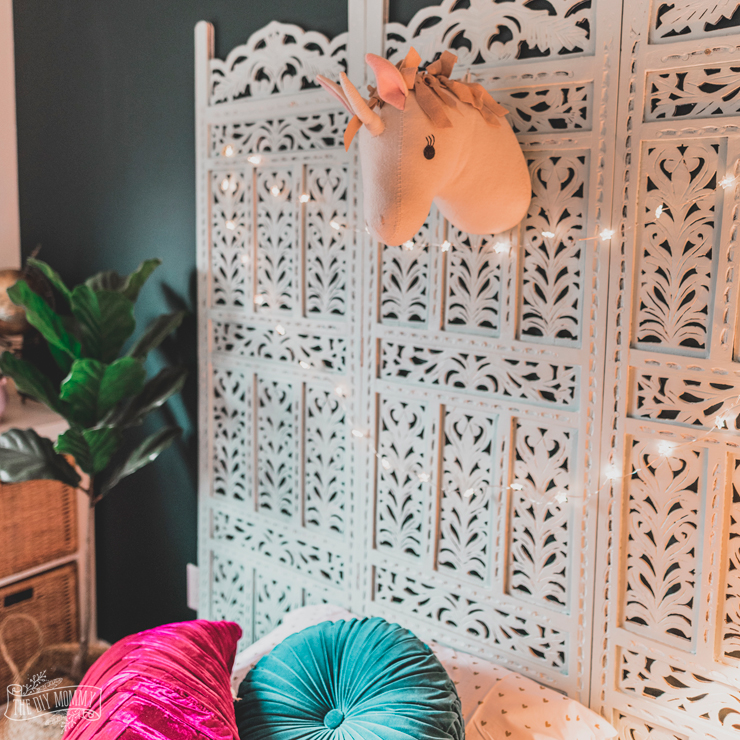 DIY Boho Headboard from a Vintage Screen