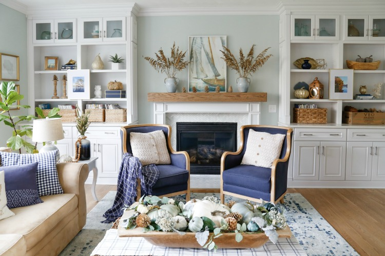 Sand and Sisal's beautiful, coastal living room
