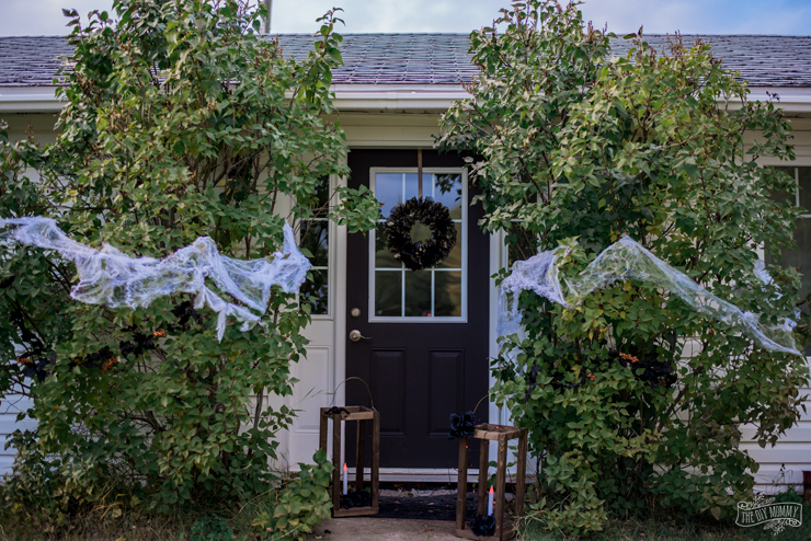 Spooky Glam Halloween Decorations