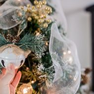 5 Ways to Make Your Christmas Tree Look Amazing on a Budget!