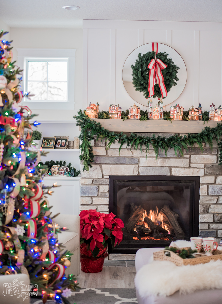 Classic Lake House Christmas Home Tour | The DIY Mommy