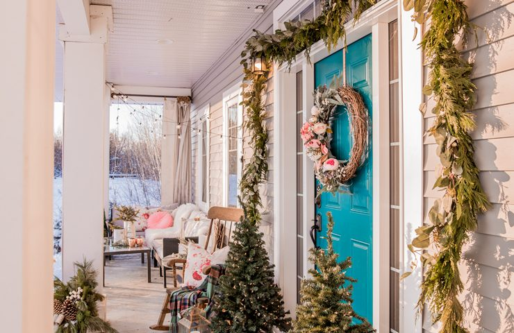Romantic Christmas Porch Decor